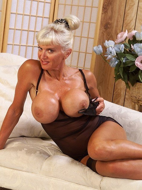 Hot tanned chick with very nice body